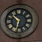 Gradski sat na trgu