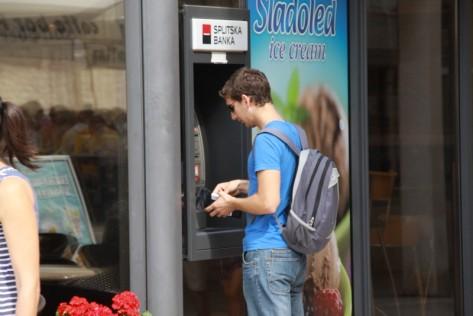 Bankomat (Foto: Ivan Katalinić)