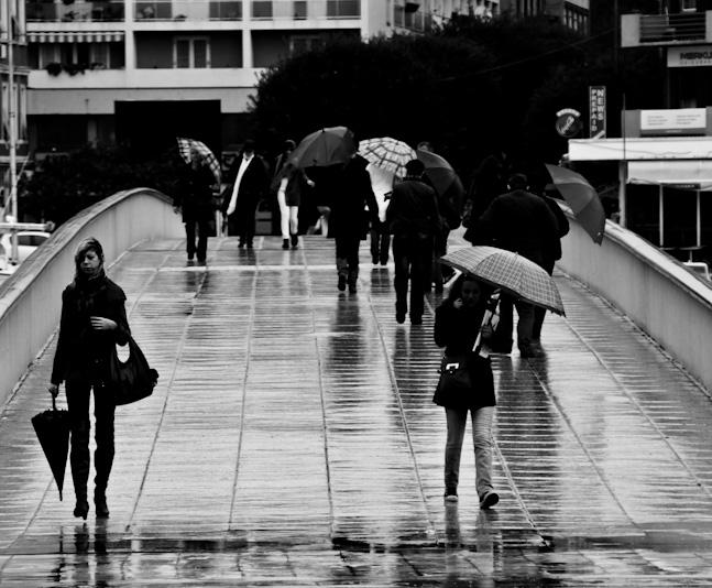 Crno bijela fotografija ljudi (Foto: Ivan Katalinić)