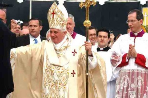 Papa u posjetu Velikoj Britaniji