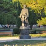 Spomenik poginulim mornarima (Foto: Žeminea Čotrić)