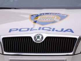 policijskiauto-policija625